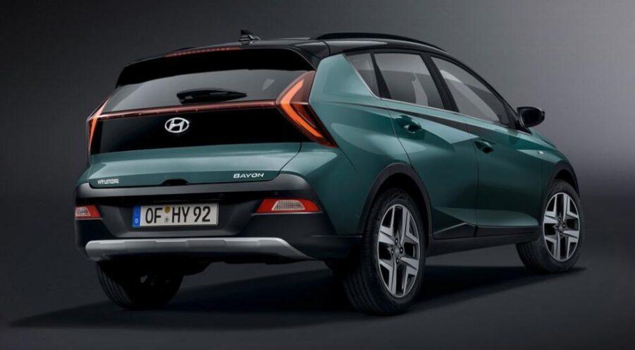 Hyundai Bayon: вид сзади