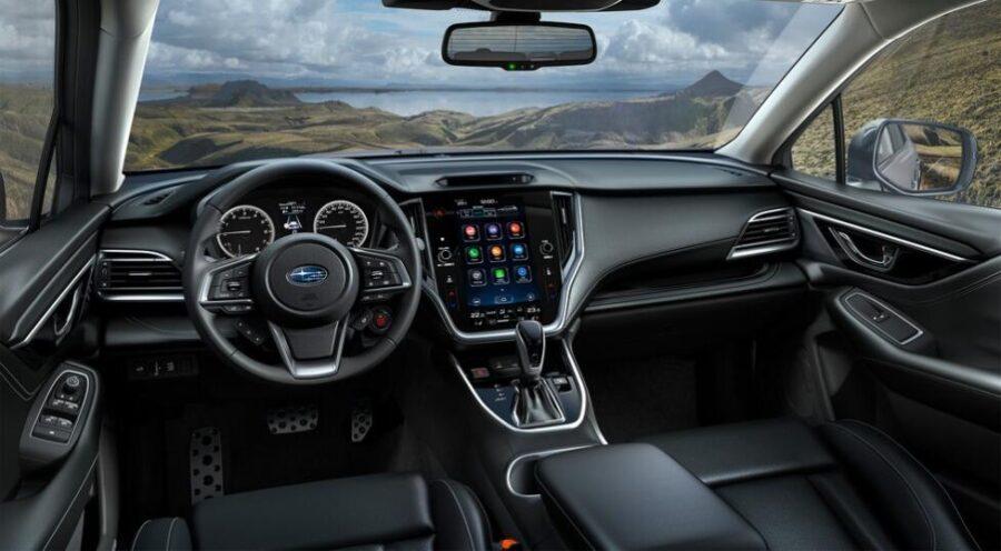 Интерьер Subaru Outback