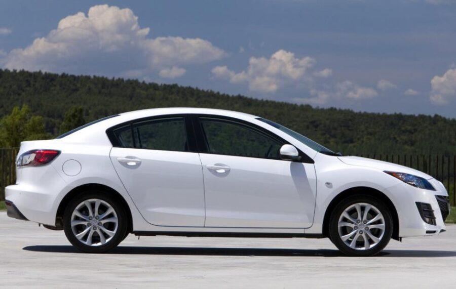 Mazda 3 bl: вид сбоку